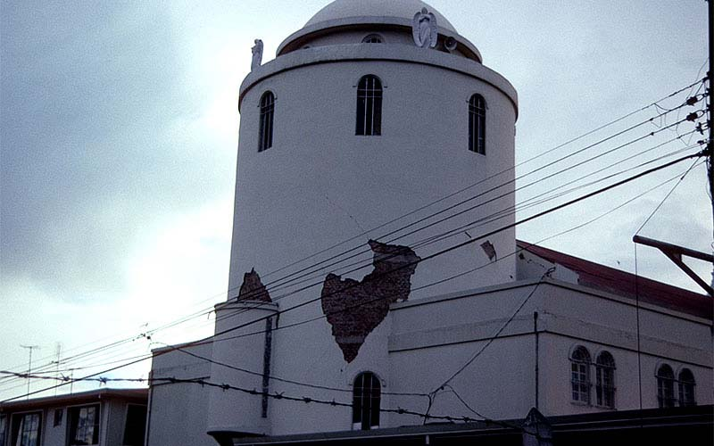 Costa Rica 1991 – This monumental building experienced some damage, but did fairly well in spite of its unreinforced masonry construction.