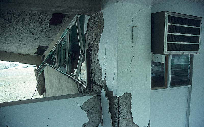 Costa Rica 1991 – This elementary school building was heavily damaged by the earthquake.  This photo shows damage to a non-ductile reinforcing detailing of the corner of a concrete wall.