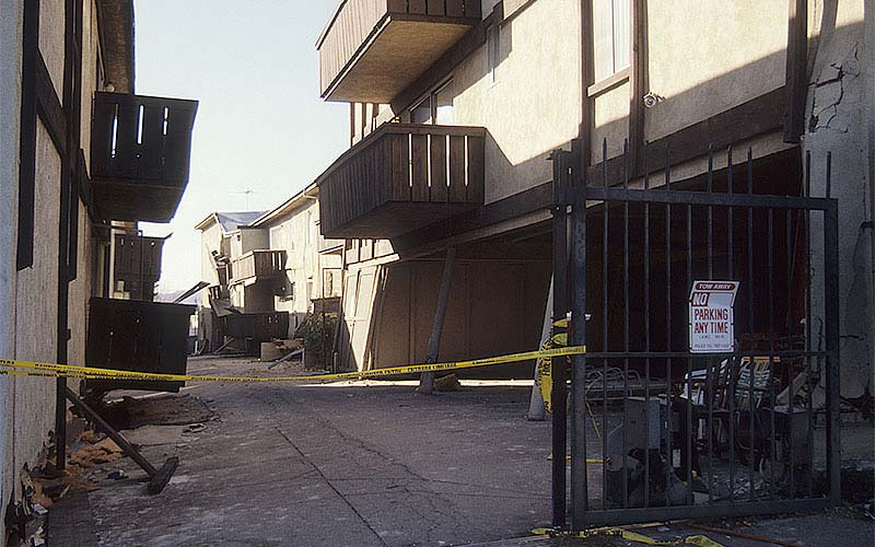 Northridge 1994 - One of the numerous apartment complexes near the epicenter where the carport 1st story collapsed or was near collapse.