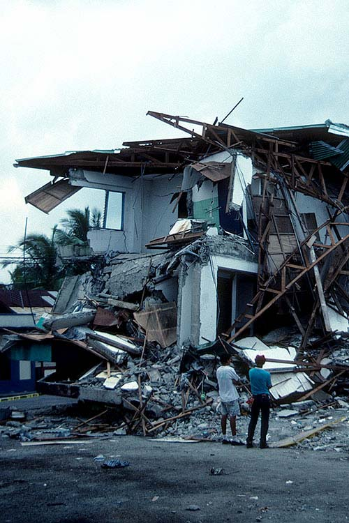 Costa Rica 1991 - Much of the building damage was due to substandard construction design and workmanship, as compared to what we see in California.
