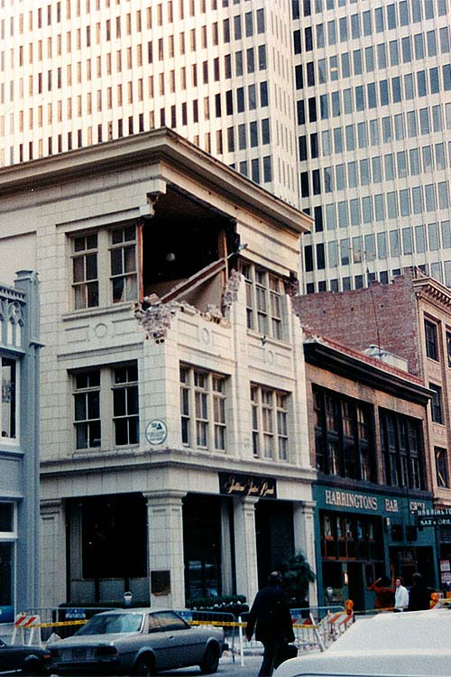 Loma Prieta 1989 - This building on Battery Street was one of the most severely damaged in the Financial District.  It was later demolished although there was a lot of head scratching about how to possibly save it.